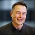 """<p class=""""Normal""""> <strong>Tài sản của Elon Musk bằng ¼ vốn hóa thị trường của Tesla</strong></p> <p class=""""Normal""""> Tesla hiện là hãng xe giá trị nhất thế giới với vốn hóa thị trường khoảng 773 tỷ USD – gấp gần 4 lần tài sản của CEO Elon Musk. (Ảnh: <em>Reuters</em>)</p>"""