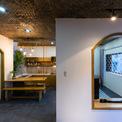 """<p class=""""Normal""""> Kiến trúc sư đã thiết kế tầng một với không gian chung lớn đặt phòng khách, quầy nấu nướng, bàn ăn, hạn chế sảnh và không gian phụ.</p>"""