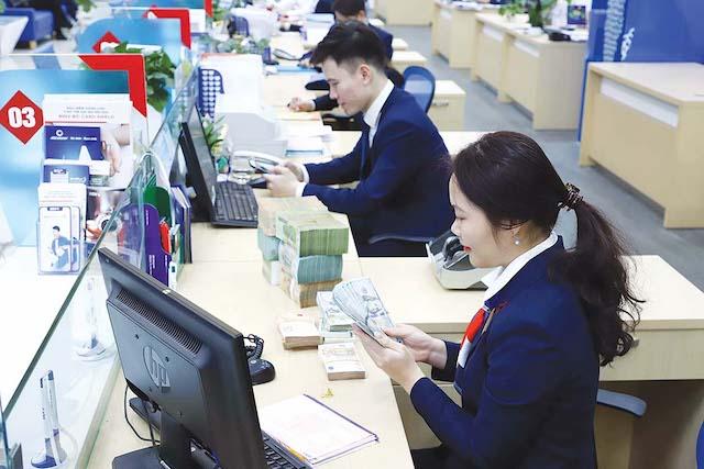 Giá nhiều cổ phiếu ngân hàng đã tăng 50-90% so với đầu năm 2020.
