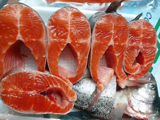 Người bán đánh giá đây là mức giảm sâu nhất của cá hồi Sa Pa.