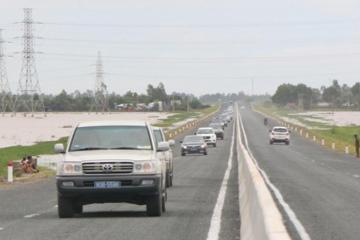 Xem xét đầu tư nâng cấp tuyến Cao Lãnh - Lộ Tẻ - Rạch Sỏi đạt tiêu chuẩn cao tốc