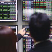 Cổ phiếu thép đua nhau tăng giá, VN-Index vượt 1.190 điểm