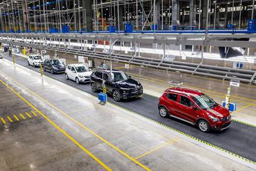Bất chấp Covid-19, người Việt mua hơn 400.000 ôtô năm 2020