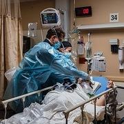 Mỹ ghi nhận kỷ lục gần 4.500 người chết vì Covid-19 một ngày
