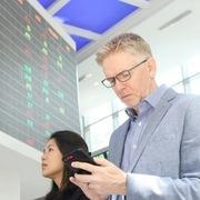 Khối ngoại sàn HoSE bán ròng phiên thứ 5 liên tiếp với 281 tỷ đồng