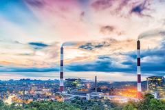 VSEA đề nghị giảm nhiệt điện than để phát triển năng lượng tái tạo
