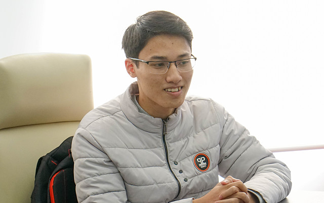Bạn Nguyễn Quang Linh – Cao đẳng FPT Polytechnic; quán quân tháng 12 trên thị trường cơ sở