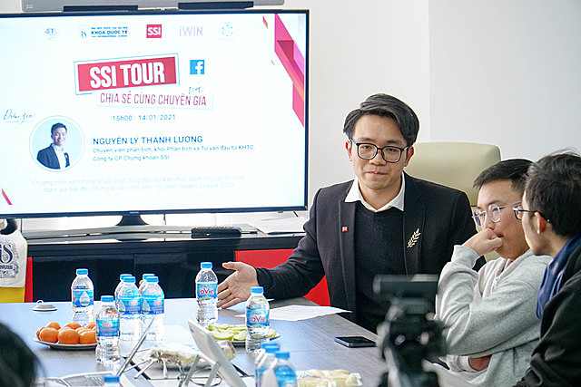 Diễn giả Nguyễn Lý Thanh Lương đến từ Khối phân tích và tư vấn đầu tư khách hàng tổ chức - CTCP Chứng khoán SSI