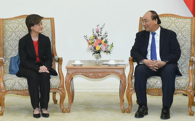 Thủ tướng Nguyễn Xuân Phúc tiếp đại sứ