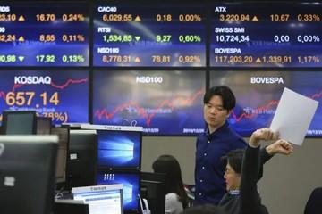 Chứng khoán châu Á trái chiều, cổ phiếu Xiaomi lao dốc vì bị vào 'danh sách đen' của Mỹ