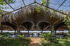 Nhà hàng mở đồ sộ trên quê hương xứ dừa