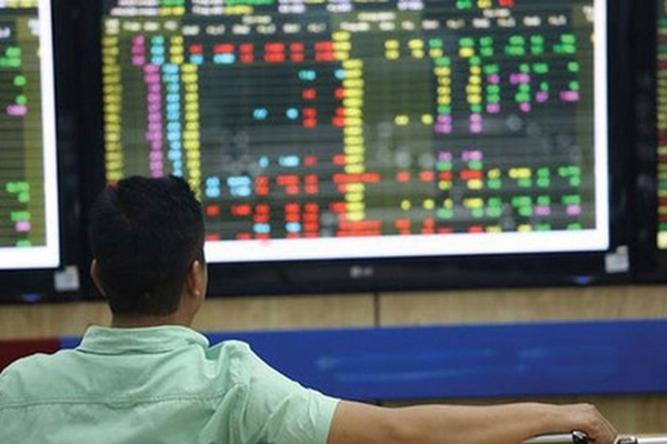 Gần 1.000 tỷ đồng đổ vào TTCK Việt Nam trong tuần 11-15/1 thông qua các quỹ ETF