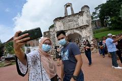 'Hộ chiếu vaccine', kích cầu nội địa: Tương lai ngành du lịch châu Á hậu Covid-19?