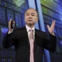 """<p class=""""Normal""""> <strong>Masayoshi Son</strong></p> <p class=""""Normal""""> Tài sản: 40,5 tỷ USD</p> <p class=""""Normal""""> Tăng: 2,3 tỷ USD</p> <p class=""""Normal""""> Quốc gia: Nhật Bản</p> <p class=""""Normal""""> Nguồn tài sản: Internet, viễn thông/SoftBank (Ảnh: <em>Bloomberg</em>)</p>"""