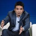 """<p class=""""Normal""""> <strong>Eric Yuan</strong></p> <p class=""""Normal""""> Tài sản: 16,9 USD</p> <p class=""""Normal""""> Tăng: 1,5 tỷ USD</p> <p class=""""Normal""""> Quốc gia: Mỹ</p> <p class=""""Normal""""> Nguồn tài sản: Hội nghị trực tuyến/Zoom (Ảnh: <em>Bloomberg</em>)</p>"""