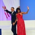 <p> Trong tiệc khiêu vũ, bàMichelle xuất hiện với một chiếc váy đỏ của Jason Wu và giàyJimmy Choo. Ảnh: <em>Getty Images</em></p>