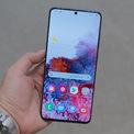 """<p class=""""Normal""""> <strong>Samsung Galaxy S20 Ultra(19,99 triệu đồng)</strong></p> <p class=""""Normal""""> Smartphone cao cấp ra mắt đầu năm của Samsung có pin 5.000 mAh, sạc nhanh 45W cho phép sạc đầy pin trong 70 phút.</p> <p class=""""Normal""""> Galaxy S20 Ultra là smartphone cao cấp nhất trong bộ ba S20 vừa ra mắt. Máy có màn hình 6,9 inch, thiết kế Infinity O, tấm nền Dynamic Amoled 2X mới, độ phân giải QHD+ và tần số refresh 120 Hz.</p> <p class=""""Normal""""> Máy có cụm camera chính gồm 4 camera với camera góc siêu rộng sử dụng cảm biến Isocell Bright HMX 108 megapixel, camera chính 12 megapixel, camera 3D TOF và phía dưới là camera tiềm vọng 48 megapixel. Camera trên Galaxy S20 Ultra zoom quang 10x và zoom số tối đa 100X. Camera trước 40 megapixel cao nhất hiện nay.</p> <p class=""""Normal""""> Model bán ra tại Việt Nam được trang bị chip Exynos 990, RAM 12 GB và bộ nhớ trong 128 GB. Máy chạy Android 10 với giao diện One UI 2.0.</p>"""