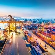 Việt Nam đứng trước 'cơ hội hiếm có', GDP có thể đạt 6,9% năm nay