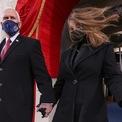 <p> Trong khi đó, Phó tổng thống Mike Pence cùng phu nhân Karen cùng nhiều cựu lãnh đạo khác có mặt tại sự kiện.</p>