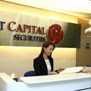 Chứng khoán Bản Việt mua thêm VPB, TCB trong quý IV/2020