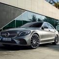 """<p class=""""Normal""""> <strong>Mercedes-Benz</strong></p> <p class=""""Normal""""> Từ đầu năm 2021 đến hết tháng 2, Mercedes-Benz tặng 50% lệ phí trước bạ cho khách hàng mua các dòng xe C-Class, E-Class, và S-Class. (Ảnh:<em>Mercedes-Benz</em>)</p>"""
