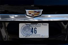 Xe limousine bọc thép của Tổng thống Mỹ gắn biển số mới