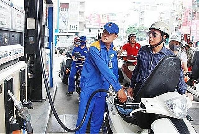 Dự báo, năm 2021 giá xăng dầu tăng cao sẽ tác động lên lạm phát