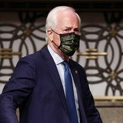 Nghị sĩ Cộng hòa dọa luận tội các cựu tổng thống Dân chủ