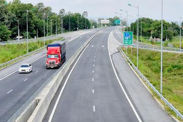 Chuẩn bị đầu tư công thêm 3 đoạn để khép kín cao tốc Bắc – Nam phía Đông
