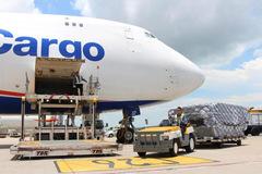 Trái ngược với bức tranh chung của ngành, lợi nhuận quý IV các công ty vận tải hàng không phục hồi đáng kể