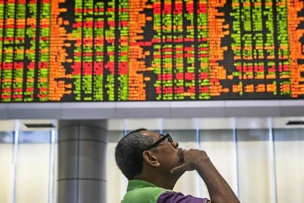 Chứng khoán châu Á tăng, nhà đầu tư theo dõi diễn biến Covid-19