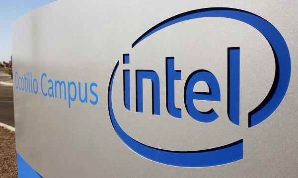 Intel tăng cường thuê ngoài sản xuất chip