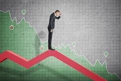 VN-Index giảm gần 39 điểm, mất mốc 1.100
