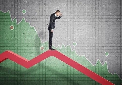 Áp lực bán vẫn mạnh, VN-Index giảm hơn gần 13 điểm