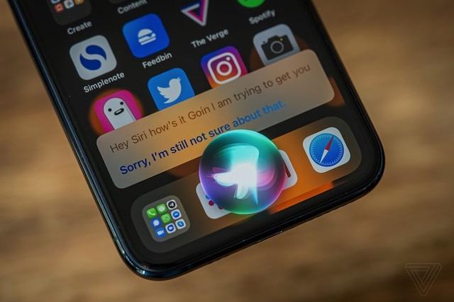 3 lỗ hổng bảo mật được Apple khắc phục trên iOS 14.4. Ảnh: The Verge.