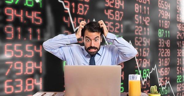 Vốn hóa thị trường chứng khoán Việt Nam giảm 32 tỷ USD trong gần 2 tuần 'đen tối'