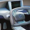 <p> <strong>BMW Z22</strong>: Được phát triển bởi bộ phận nghiên cứu công nghệ BMW Technik GmbH, chiếc Z22 được giới thiệu vào năm 1999. Bên cạnh những tính năng lạ lẫm ở cuối thế kỷ 20 như HUD hay camera quan sát bên hông, BMW Z22 còn được trang bị vô-lăng đầy công nghệ. Ngoài khả năng trực tiếp đánh lái, người lái có thể điều khiển xe thông qua xung điện. Bên cạnh đó, xe được khởi động bằng cảm biến vân tay và sang số bằng nút bấm +/- trên vô-lăng.</p>