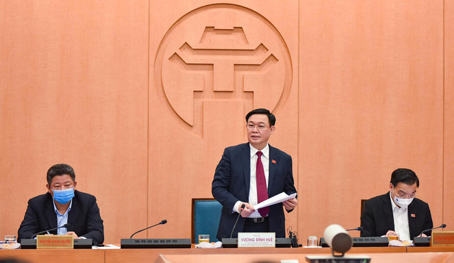 Bí thư Thành ủy nêu rõ, tình hình thực tế dịch bệnh rất phức tạp, rủi ro Hà Nội cũng rất lớn.