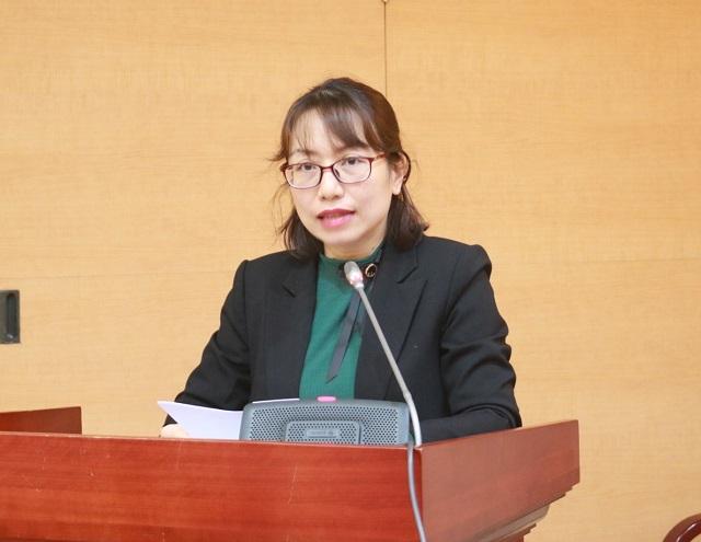 Bà Nguyễn Thị Thanh Hằng, Giám đốc Trung tâm tư vấn đào tạo, chuyển giao khoa học và công nghệ Ngân hàng phát biểu khai mạc hội thảo.