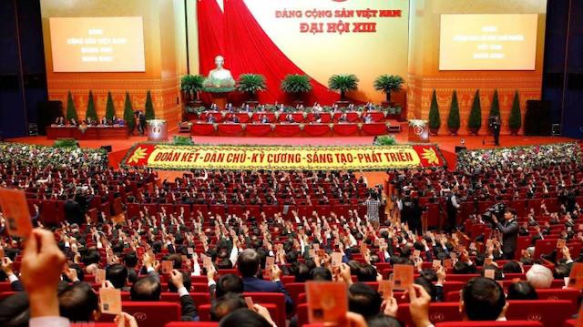 Đại hội nghe báo cáo danh sách ứng cử, đề cử BCH Trung ương khóa XIII
