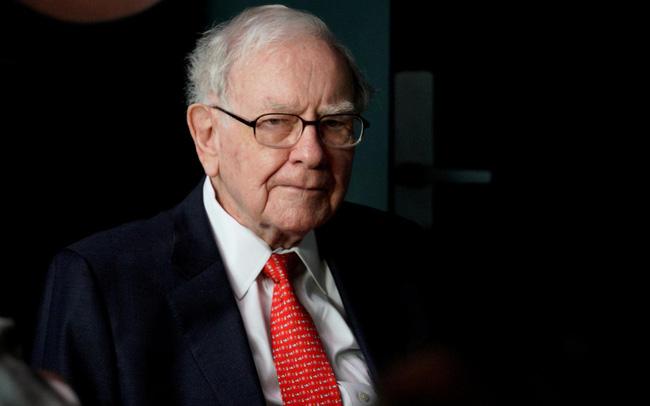 Warren Buffett đang chật vật với các khoản đầu tư tại Nhật Bản