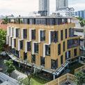 <p> Vì vậy, tòa nhà được đề xuất tạo nên 10 nơi làm việc theo phong cách khác nhau, mang lại những cảm xúc tốt cho mọi người khi bước vào.</p>