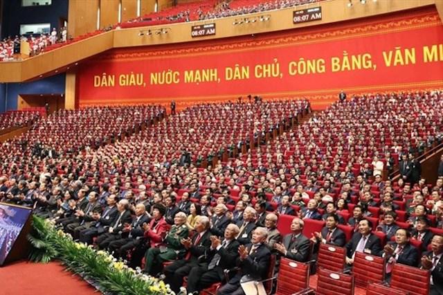 1.587 Đại biểu dự Đại hội toàn quốc lần thứ XIII của Đảng.