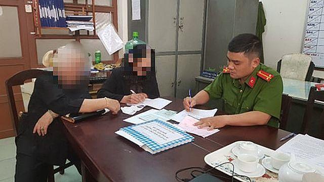 Một nạn nhân bị lừa đảo qua mạng trình báo tại Công an Q.Hải Châu, TP.Đà Nẵng  ẢNH: Nguyễn Tú.