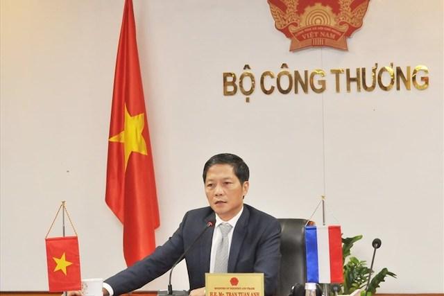 Bộ trưởng Công Thương: 8.000 công nhân Tập đoàn Than Khoáng sản đang cách ly tại nhà để phòng dịch