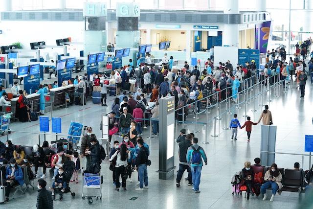 Bộ Giao thông vận tải không xem xét đóng cửa cảng hàng không quốc tế Nội Bài.