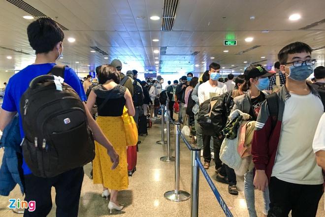 Vé máy bay Tết chặng TP HCM - Hà Nội giảm giá kỷ lục