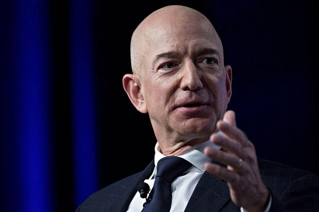 Jeff Bezos sẽ rời chức CEO Amazon