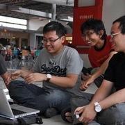 3 người bạn xây dựng công ty tỷ USD để giúp những người bán hàng nhỏ lẻ