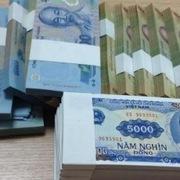 Kiểm soát chặt việc đổi tiền lẻ, tiền mới